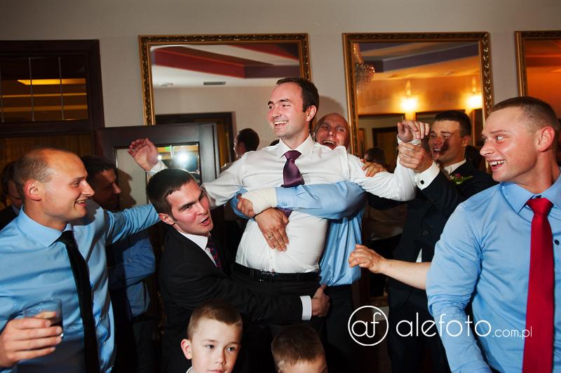 najlepsze zabawy weselne