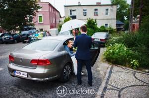 zdjęcia ślubne Sosnówka – ślub Kasi i Kuby