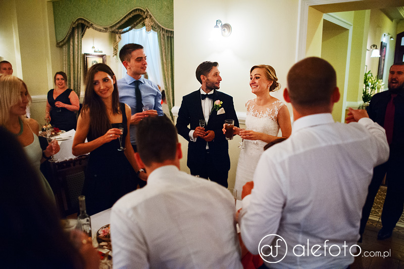 pełne treści zdjęcia ślubne