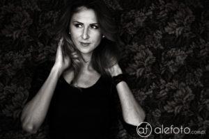 Nastrojowe czarno-białe portrety w prezencie | zdjęcia portretowe Wrocław