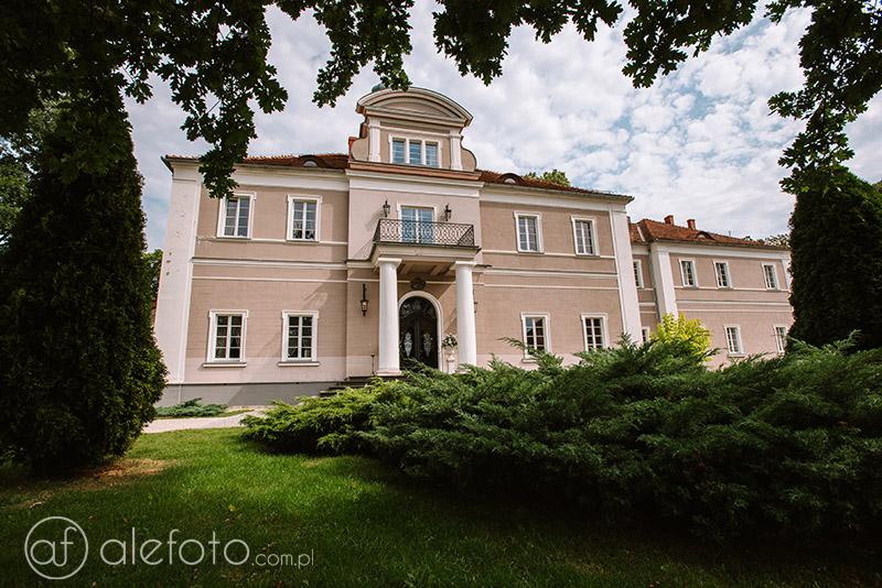 pałac konary zdjecia